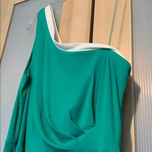 Green/White One-Shoulder Dress